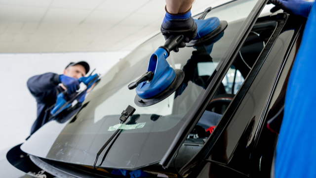 Top Myths About Car Windshield Replacement
